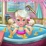 Уход за Малышами: Челси в Ванной